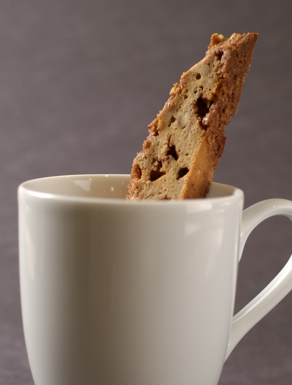 Brown Sugar Cinnamon Biscotti is the perfect companion for coffee or even hot chocolate! - Bake or Break