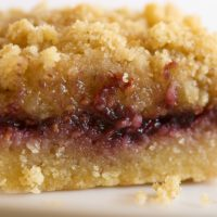 Raspberry Hazelnut Crumble Bars are a buttery, nutty, fruity favorite! - Bake or Break