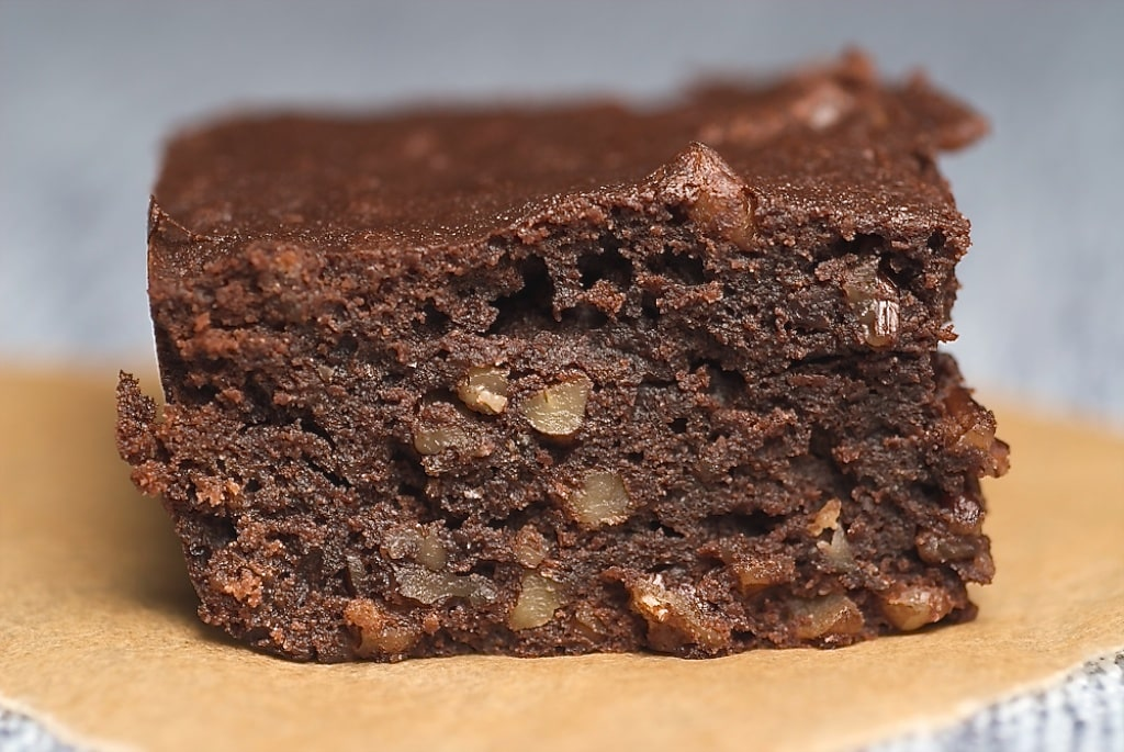 Dark Victory Brownies are delicious, cake-like brownies made with sour cream and plenty of chocolate. Delicious! - Bake or Break