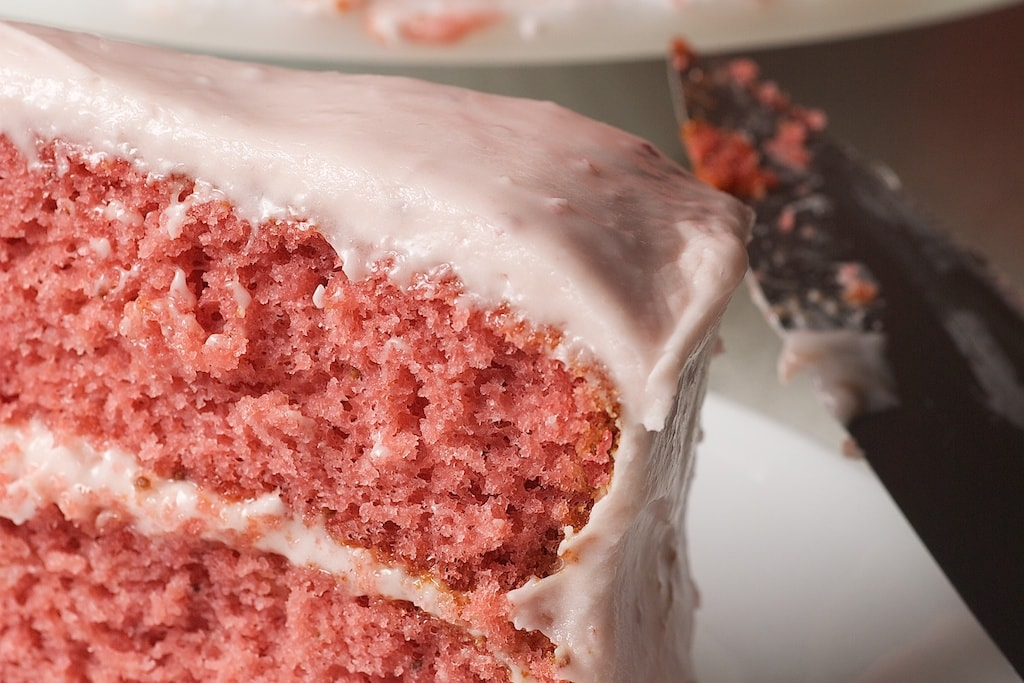 Strawberry Cake with Strawberry Cream Cheese Frosting uses shortcut ingredients to make a simple cake with big flavor. - Bake or Break