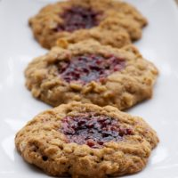 Chewy oatmeal cookies and your favorite fruit preserves combine for these delicious Oatmeal Jammys.