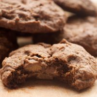 If you love peanut butter and chocolate, you'll adore these Chocolate Peanut Butter Cookies! - Bake or Break