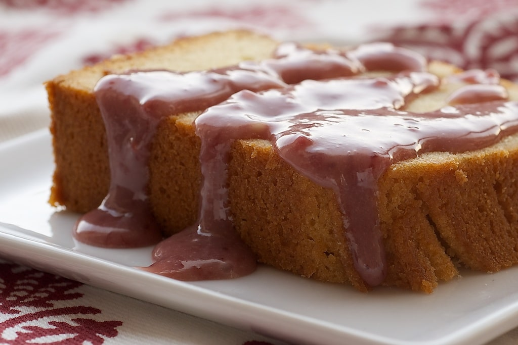 Cream Cheese Pound Cake with Strawberry-White Chocolate Sauce | Bake or Break
