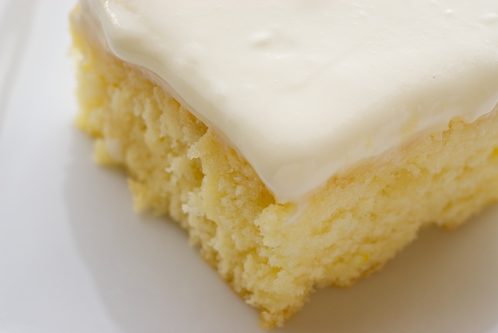 Easy Banana Cake Lemon Icing Recipe
