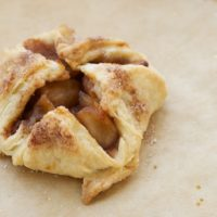 Mini-size your apple pie with these Apple Pie Bundles! - Bake or Break