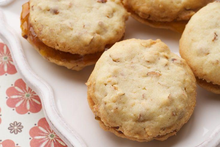 Almond-Apricot Sandwich Cookies