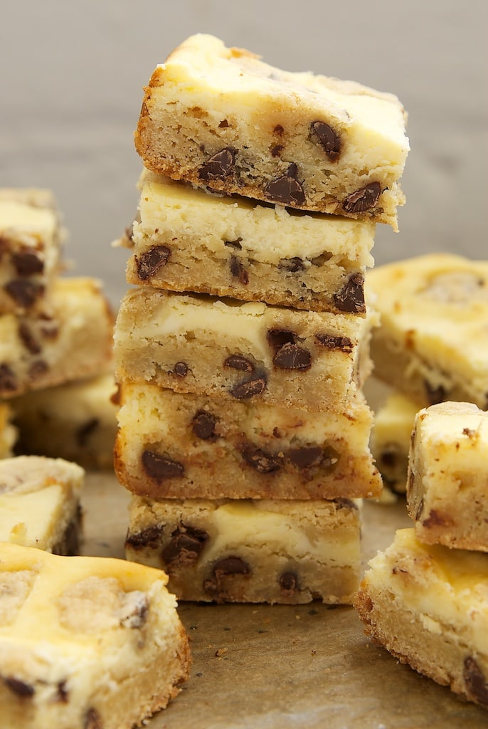 Have your chocolate chip cookies and cheesecake at the same time with Chocolate Chip Cookie Cheesecake Bars!