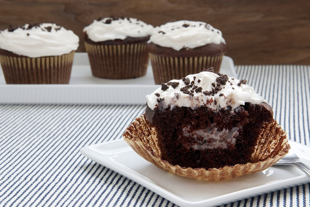 Cookies and Cream Filled Cupcakes | Bake or Break