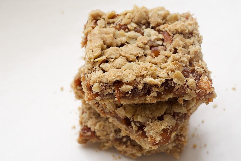 Caramel Apple Bars   Bake or Break