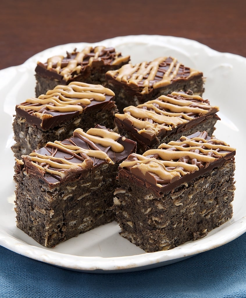 Peanut butter, chocolate, and so much more make these Vunderbars absolutely irresistible! - Bake or Break