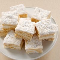 Salted Caramel Swirl Marshmallows are surprisingly simple to make and filled with rich salty caramel.