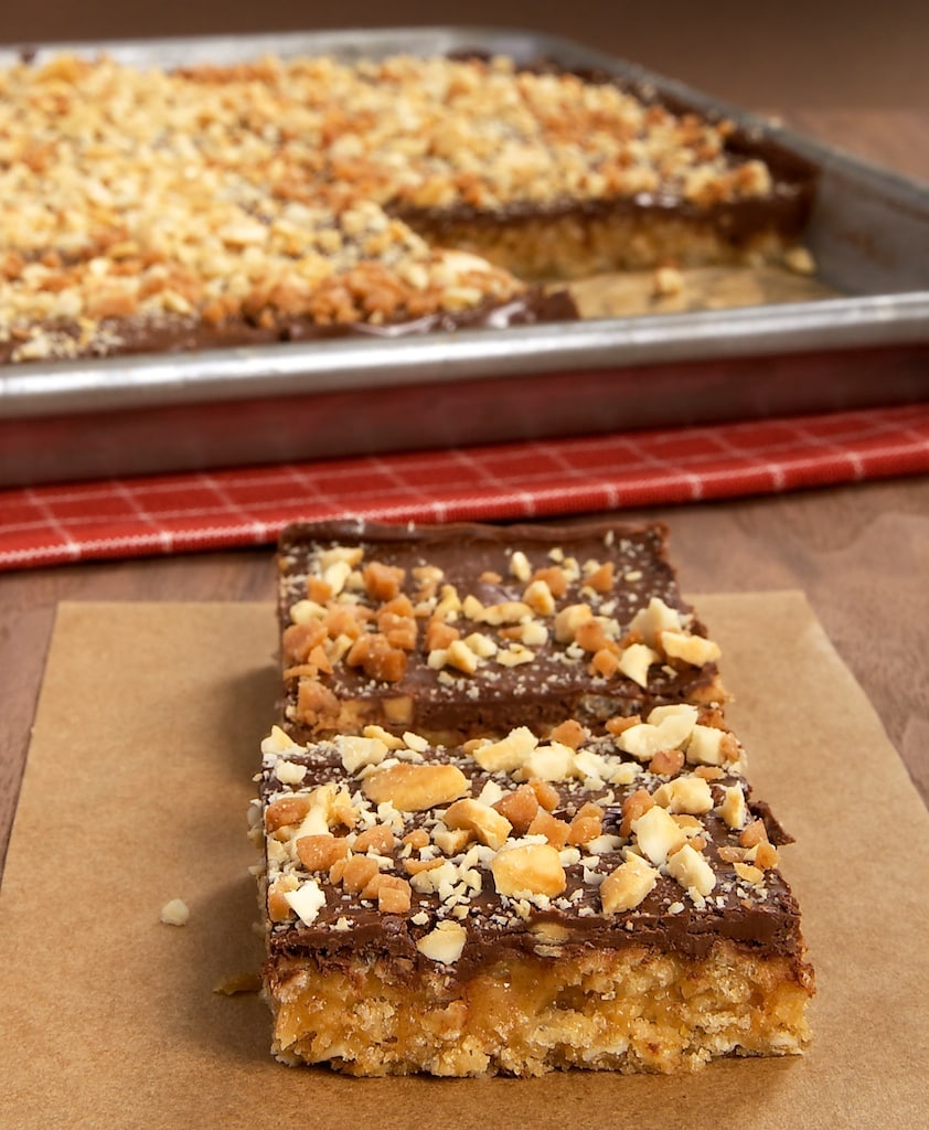 Peanut Butter-Chocolate-Oatmeal Cereal Bars are a simple, tasty way to enjoy the flavors of chocolate and peanut butter. - Bake or Break