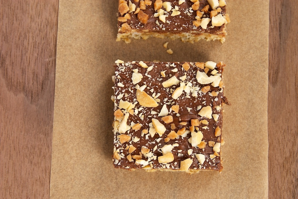 Peanut Butter, Chocolate, and Oat Cereal Bars are a simple, delicious, sweet, crunchy treat. A breeze to make! - Bake or Break