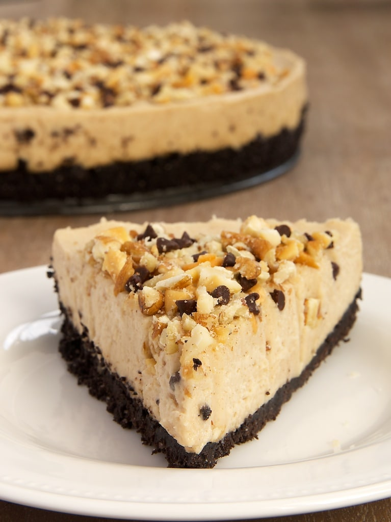 Nut butter, chocolate, and cream cheese are the perfect dessert combination in this Nut Butter No-Bake Cheesecake! - Bake or Break