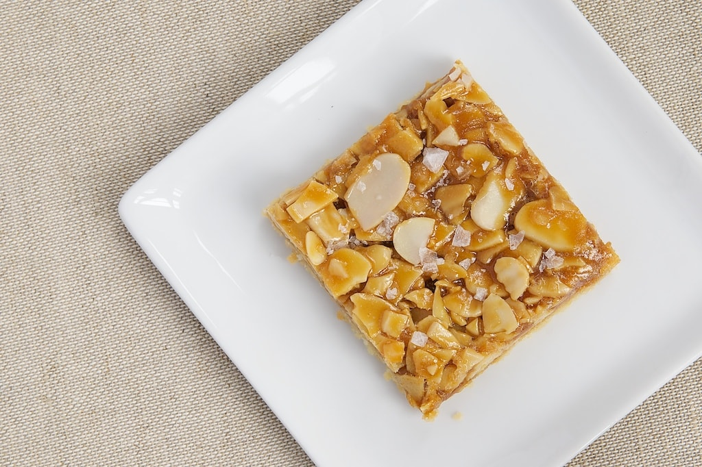Salted Caramel Almond Bars