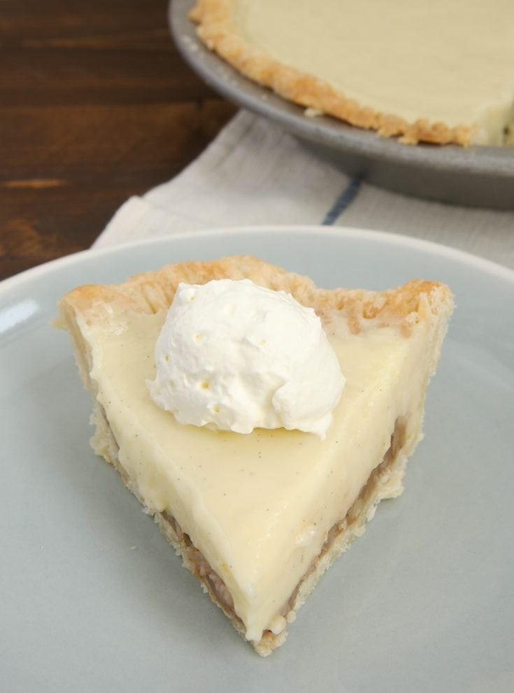 Praline Cream Pie combines a sweet pecan filing with vanilla pudding for a cool, creamy, delicious dessert! - Bake or Break