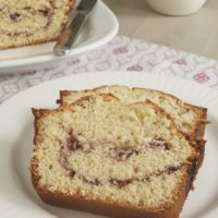 A sweet ribbon of your favorite preserves makes this Berry Swirl Pound Cake extra delicious! - Bake or Break