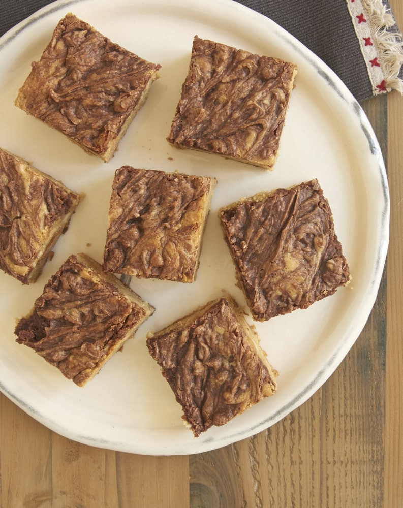 These sweet, nutty Chocolate Hazelnut Swirl Blondies are topped with a delicious swirl of chocolate-hazelnut spread. These are so, so good! - Bake or Break