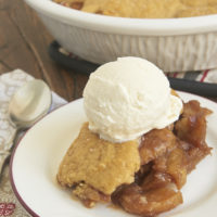 A caramel-like filling and sweet graham cracker biscuits make this Graham Cracker Apple Pear Cobbler a fall favorite! - Bake or Break