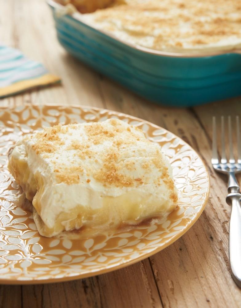 serving of Dulce de Leche Banana Pudding Bars