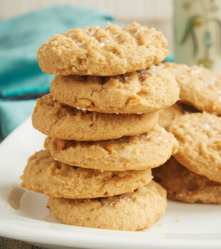 Cream cheese adds a lovely flavor and texture to these irresistible Cream Cheese Peanut Butter Cookies! - Bake or Break