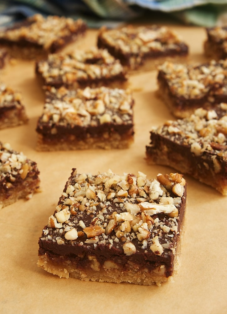 Butter Pecan Turtle Bars have so many delicious layers - shortbread, caramel, pecans, and chocolate. 100% irresistible! - Bake or Break