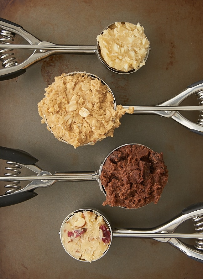 Cookie scoops filled with cookie dough