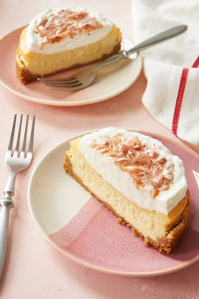 Vanilla Bean Cheesecake for Two on pink and white plates