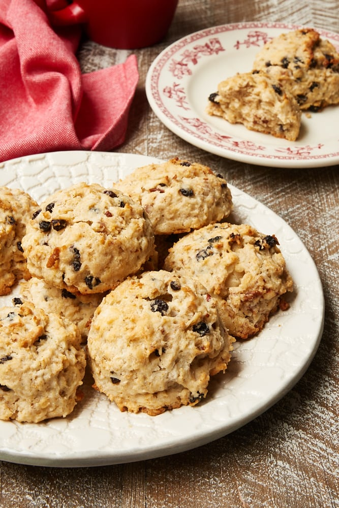 Currant Oat Scones on a patterned white plate