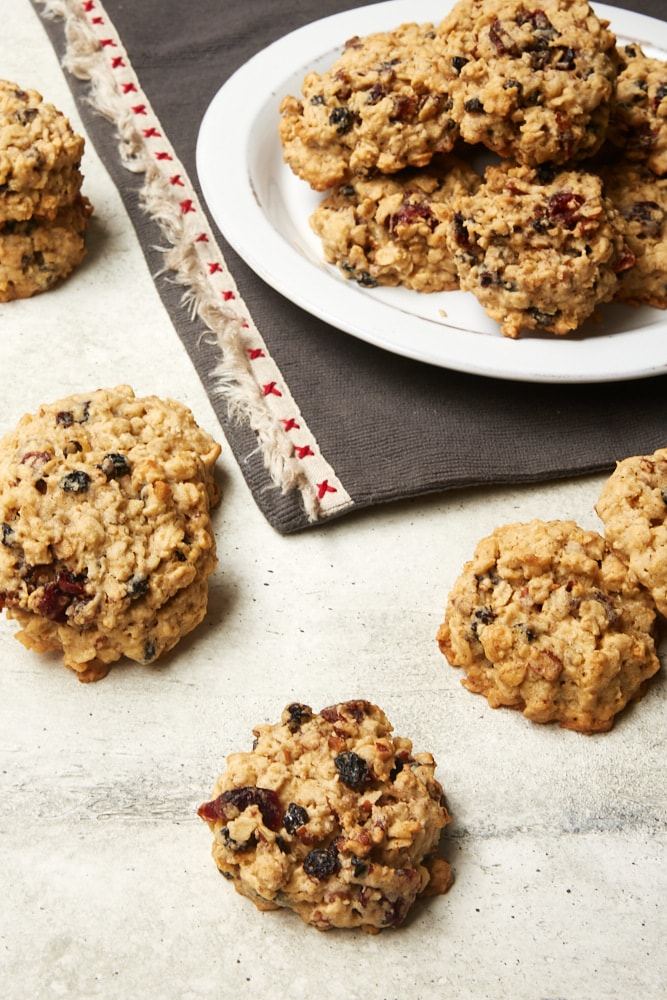 Winter Fruit Oatmeal Cookies on a gray surface and on a white plate