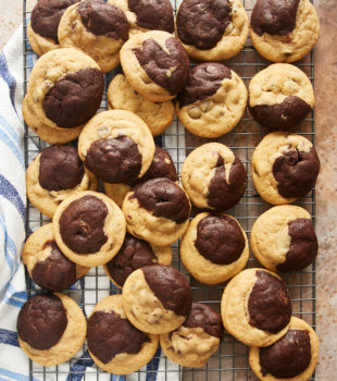 overhead view of Chocolate Peanut Butter Swirl Cookies on a wire cooling rack