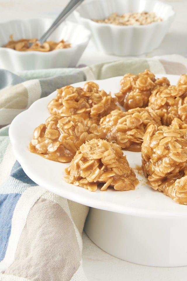 No-Bake Peanut Butter Oatmeal Cookies on a white pedestal