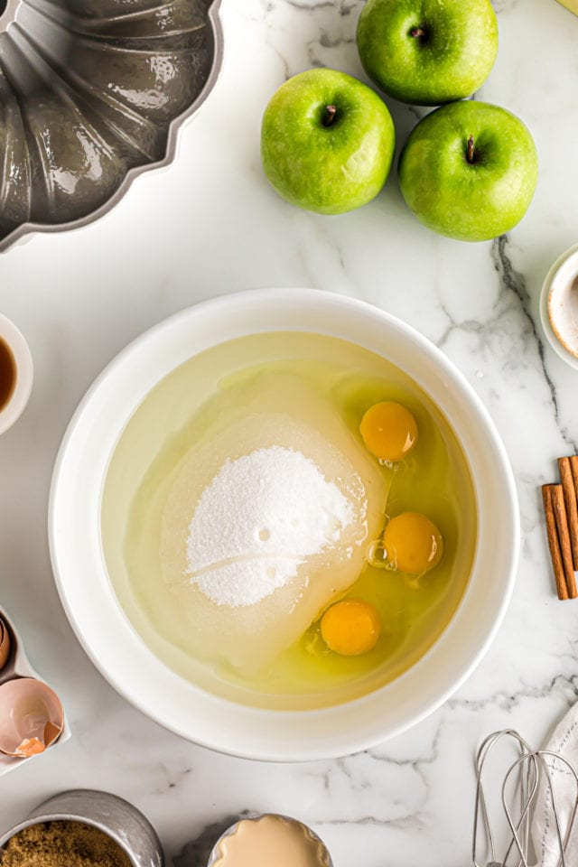 wet ingredients for apple spice cake